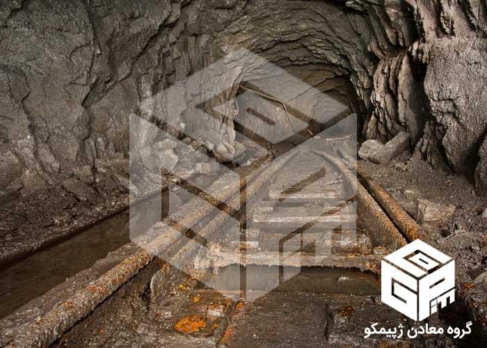 خرید معدن سنگ آهن
